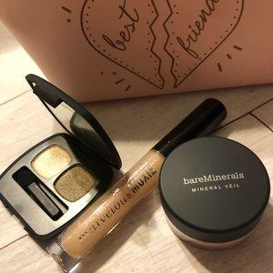 bareMinerals Makeup - Bare Minerals I love my best friend set. New
